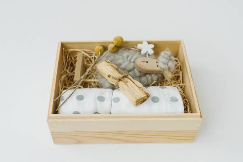 Gift box baby wool